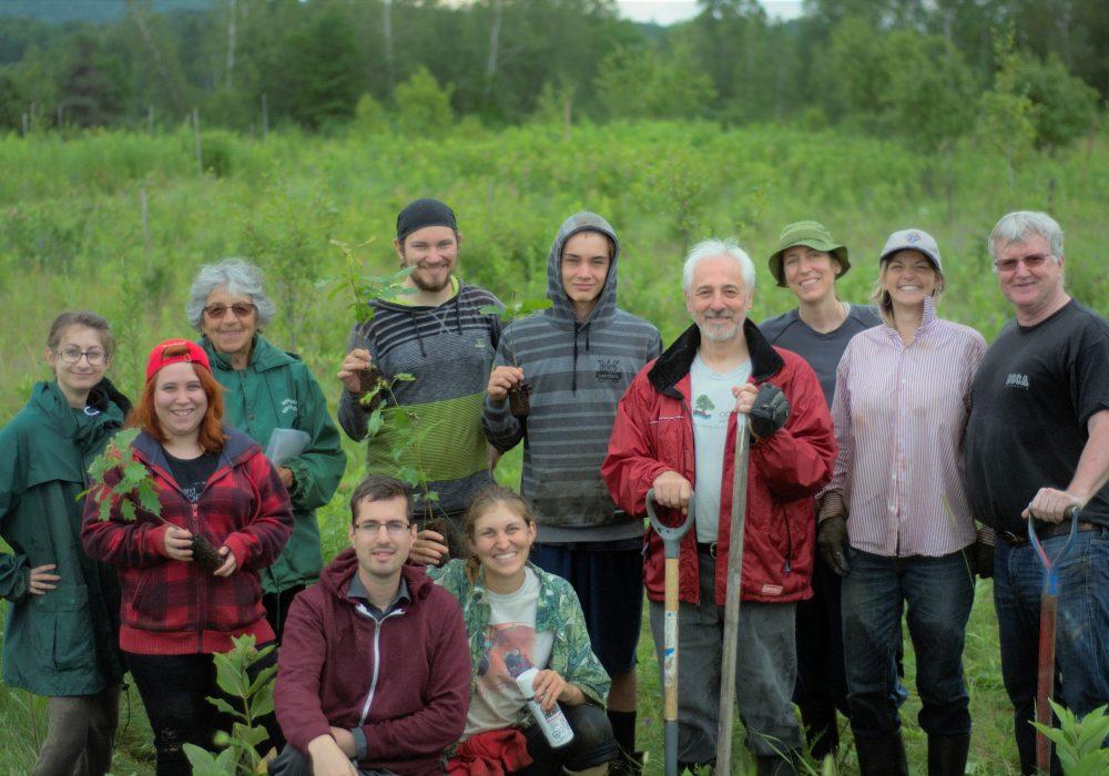Belle gang de bénévoles rue McLellan 2017