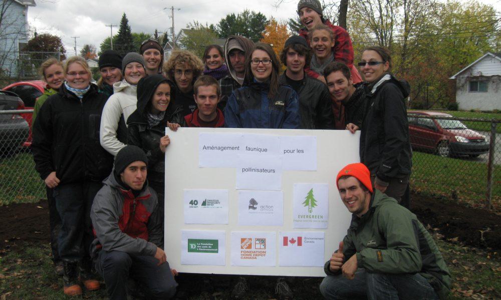 Étudiants du CEGEP de Sherbrooke à une plantation