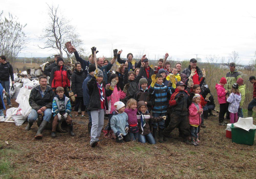 Marais de la rivière aux Cerises, Magog, 2012, avec des scouts